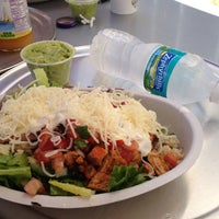 Photo taken at Chipotle Mexican Grill by Di on 5/6/2013