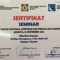 Photo taken at Kementerian Pekerjaan Umum RI by Radit R. on 2/25/2016