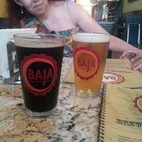 Foto tomada en Baja Brewing Co. por Alex R. el 7/16/2013