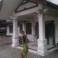 Photo taken at Dinas Pendapatan,Keuangan dan Asset Daerah Kabupaten Samosir by Ondhy L. on 7/17/2013