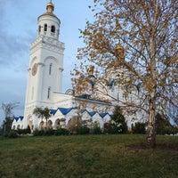 Photo taken at Церковь Спаса Преображения by 🐾grey wolf🐾 Z. on 10/7/2015