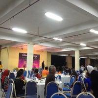 Photo taken at Pejabat Tanah & Daerah Seremban by Jefri R. on 12/21/2012