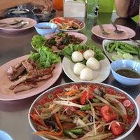 Photo taken at อีสานพันธุ์แท้ by Wila K. on 3/9/2014