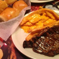 Photo taken at Texas Roadhouse by Abdullah Z. on 2/22/2013