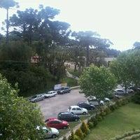 Foto tirada no(a) Hotel Tissiani Canela por Leonardo N. em 10/26/2012