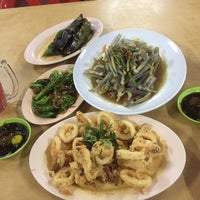 Photo taken at Seaview Seafood Restaurant by pQa p. on 6/1/2016