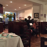 Снимок сделан в Vienna Restaurant пользователем Sebastián C. 8/4/2015