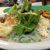 Снимок сделан в Restaurante Planeta's пользователем Alex G. 10/19/2012