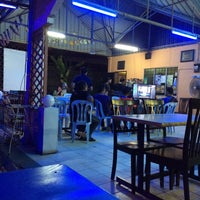 Photo taken at Restoran Ilham Tomyam by Iqbal I. on 7/12/2016