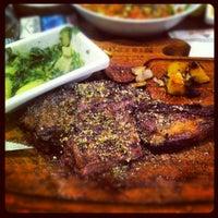 12/7/2012 tarihinde 🌟CES🌟ziyaretçi tarafından Günaydın Steakhouse'de çekilen fotoğraf