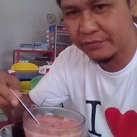 Photo taken at Café Muda-Mudi by Darwis R. on 5/11/2013