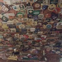 Снимок сделан в James Cook Pub & Cafe пользователем Ivan V. 2/16/2013