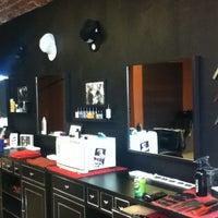 Foto scattata a Central Barbershop da Anuar K. il 6/30/2013