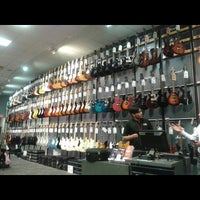 Photo taken at Guitar Center by Victor B. on 7/15/2015