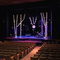 Das Foto wurde bei Theatre Under The Stars von Becky F. am 12/24/2015 aufgenommen