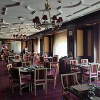 6/24/2013 tarihinde Alex C.ziyaretçi tarafından Fairmont Grand Hotel Kyiv'de çekilen fotoğraf