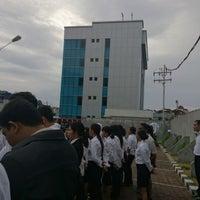 Photo taken at Kanwil BRI Jayapura by Agung S. on 8/16/2013