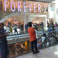 Photo taken at Forever 21 by Lorelei G. on 7/14/2013