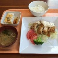 Photo taken at ローズキッチン 品川店 by Masakazu U. on 12/8/2014