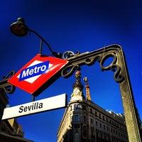 Foto tomada en Hotel Quatro Puerta del Sol por Евгений С. el 5/1/2014
