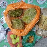 Photo taken at Pasar Malam Sg Buloh by OnE K. on 12/10/2012