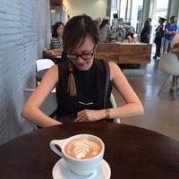 Photo prise au C+M (Coffee and Milk) LACMA par Yui K. le4/19/2014