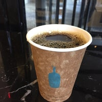 Photo prise au Blue Bottle Coffee par noriko le12/7/2014