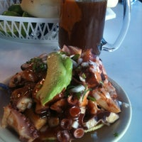 Photo taken at Mariscos Roque by Armando R. on 2/22/2013