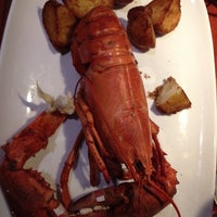 Photo taken at Red Lobster by Igor E. on 8/29/2014