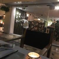 Снимок сделан в Adrian Quetglas restaurante пользователем Angelina D. 8/31/2016