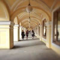 Снимок сделан в Большой Гостиный двор пользователем Vas M. 6/17/2013