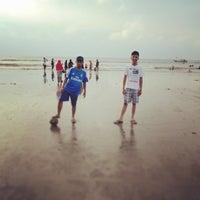 Photo taken at Pantai panjang by Rere Okta S. on 1/6/2014