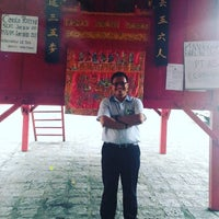 Photo taken at Kelenteng Eng An Kiong by Artha Nugraha J. on 2/3/2017