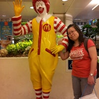 Photo taken at McDonald's by Bing Han G. on 4/28/2013