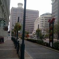 Foto tomada en Starbucks por Meme el 12/29/2012
