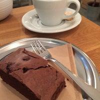 7/11/2017 tarihinde Cagan C.ziyaretçi tarafından Kamarad Coffee Roastery'de çekilen fotoğraf