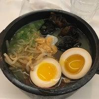 Das Foto wurde bei Jeju Noodle Bar von Penny P. am 9/16/2017 aufgenommen