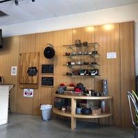 Das Foto wurde bei Tea Master Matcha Cafe and Food von Casey L. am 2/14/2018 aufgenommen