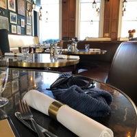 2/18/2018 tarihinde Bart V.ziyaretçi tarafından Plum + Spilt Milk'de çekilen fotoğraf