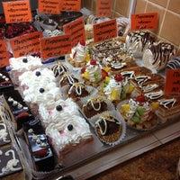 Снимок сделан в Пекарня пользователем Alexander S. 1/28/2013
