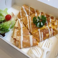 Photo taken at Crepe Box by Wassamon C. on 2/21/2014