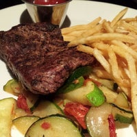 Photo taken at Willie G's Seafood & Steakhouse by Marijo S. on 1/3/2015