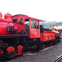 Foto tomada en Estación de Tren Chimbacalle por Ivana P. el 2/11/2013