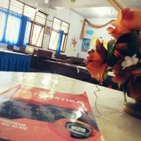 Photo taken at SMA Negeri 1 Manado by Baban S. on 8/9/2014
