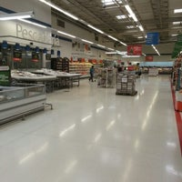 Foto tomada en Walmart por Sebastián Z. el 11/17/2012