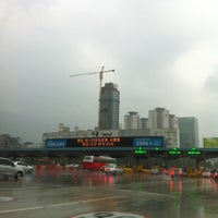 Photo taken at Seoul Toll Gate by 김대경 on 10/22/2012