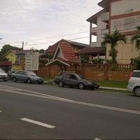 Photo taken at Sek Keb Dato' Demang Hussin by tasya c. on 5/10/2013