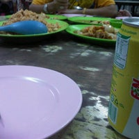 Photo taken at Nasi Goreng Chicken Chop by tasya c. on 12/28/2013