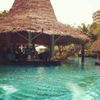 Photo taken at Anantara Hua Hin Resort and Spa by Ken Kreangsak L. on 9/16/2012