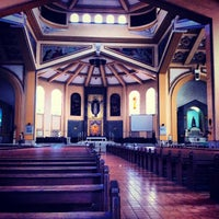 รูปภาพถ่ายที่ National Shrine of Our Lady of the Holy Rosary of La Naval de Manila (Sto. Domingo Church) โดย Lanier L. เมื่อ 6/18/2013